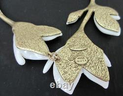 Oscar De La Renta White Magnolia Gold Plated Necklace 21 Signed